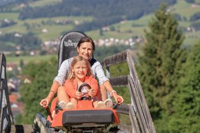 On the Alpine Coaster on Wurbauerkogel, adventurers of all ages are bound to have fun.  | © Hinterramskogler