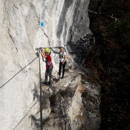 Two children climbing the via ferrata on Wurbauerkogel | © Alpenverein